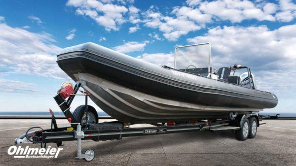 Maßgeschneiderter Bootstrailer für Ihr Boot. Der Anhänger im Design zu Ihrem Boot.
